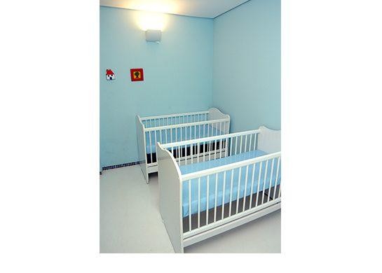 Berçario, isolado e tranquilo para os bebês