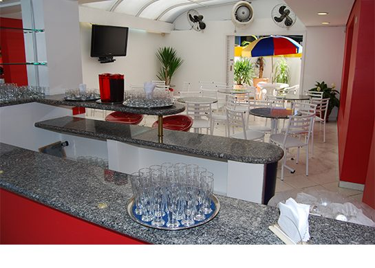 Sala dos pais - Local para os adultos apreciarem e participarem da festa