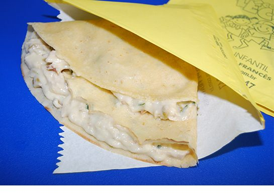 Lécomcrépe francês no envelope